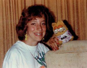 Teenage Linda with garfield