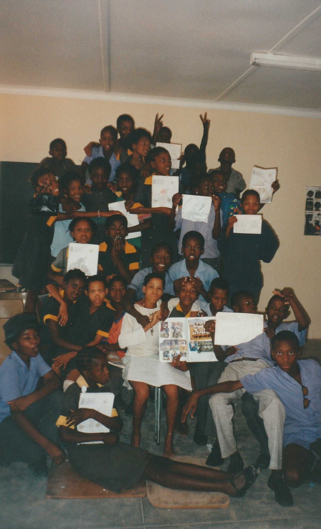 The students from Class 6A, C. Heuva Year 2000